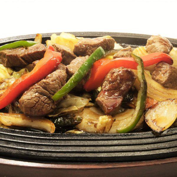 牛ヒレ肉と野菜のオイスターソース炒め